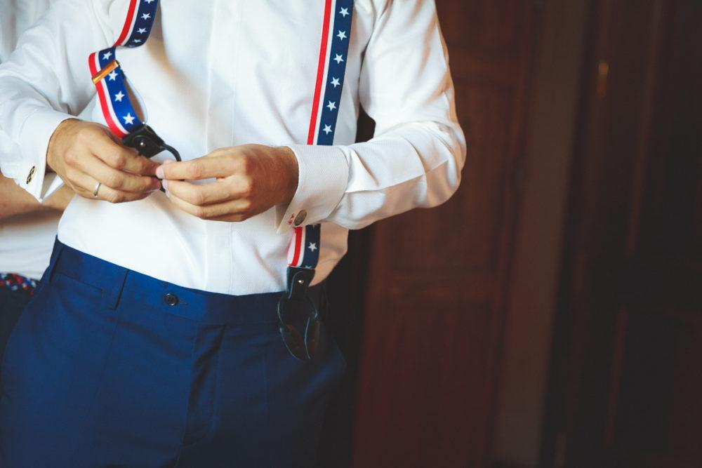 Abbigliamento sposo a tema