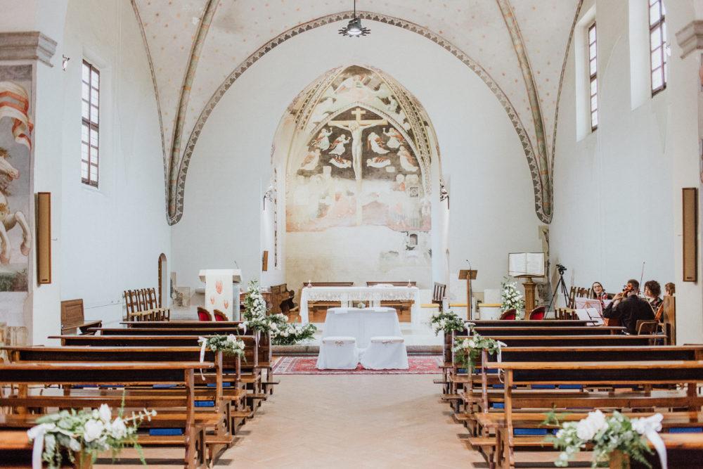 come allestire chiesa per matrimonio